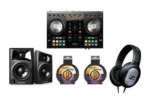 Native Instruments Traktor Kontrol S2 MKII DJ Bundle