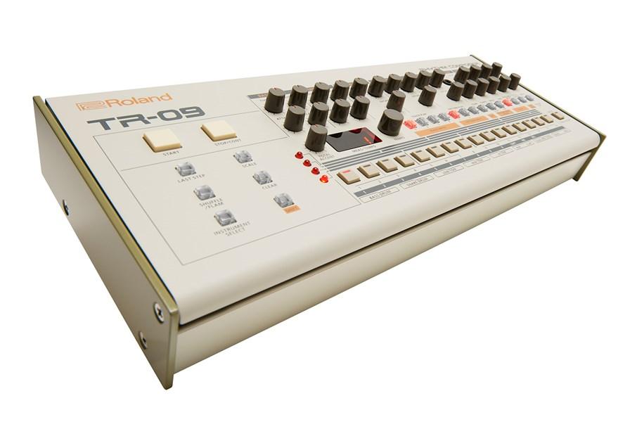 Roland TR-09 Boutique Rhythm Composer