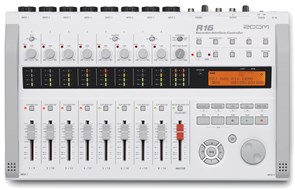 Zoom R16 16 Track Recorder