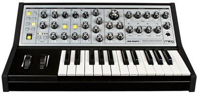 Moog Sub Phatty (Ex-Demo) #SUB9034