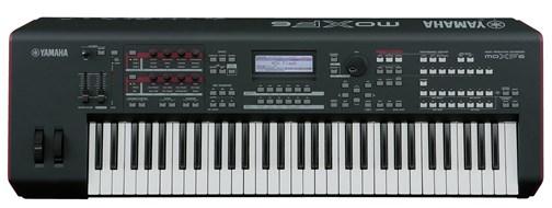Yamaha MOXF6 Synth