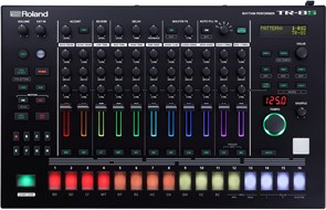 Roland TR-8S Sampling Drum Machine