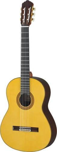 Yamaha GC32S Grand Concert Classical Guitar Spruce