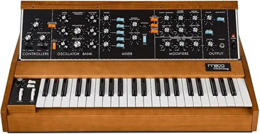 Moog Minimoog Model D (Pre-Owned)