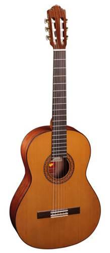 Almansa 424 Classical-Cedar Top/Bubinga back and sides/rosewood fingerboard
