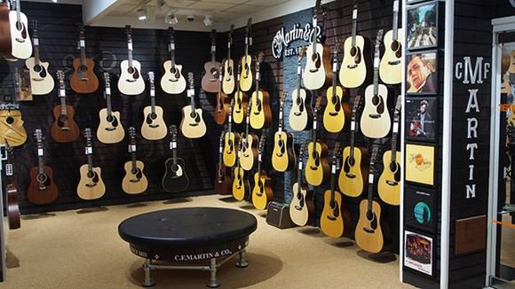 GUITARGUITAR Birmingham Guitar Shop