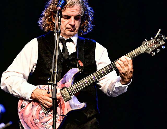 The guitarguitar Interview: King Crimson's Jakko Jakszyk