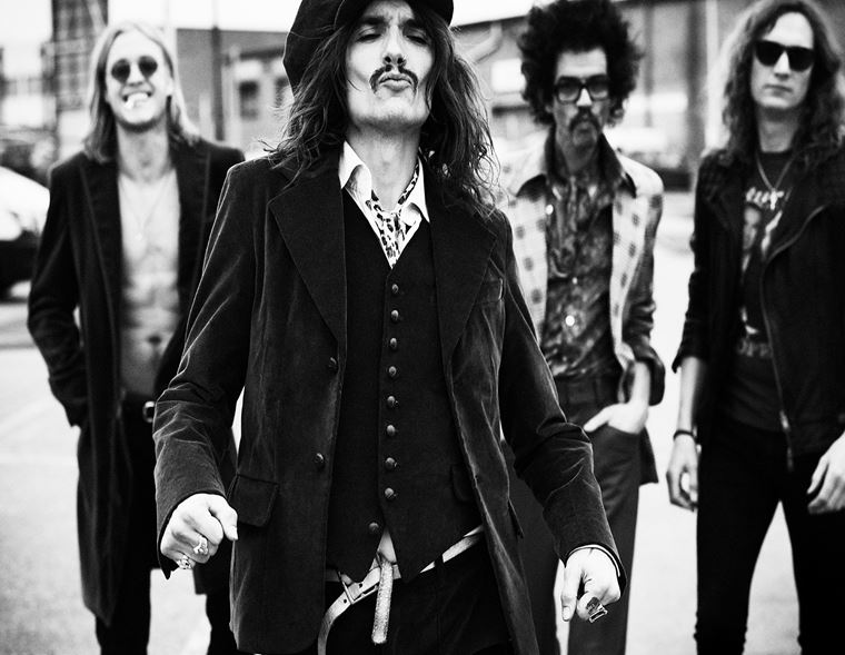 The guitarguitar Interview: The Darkness