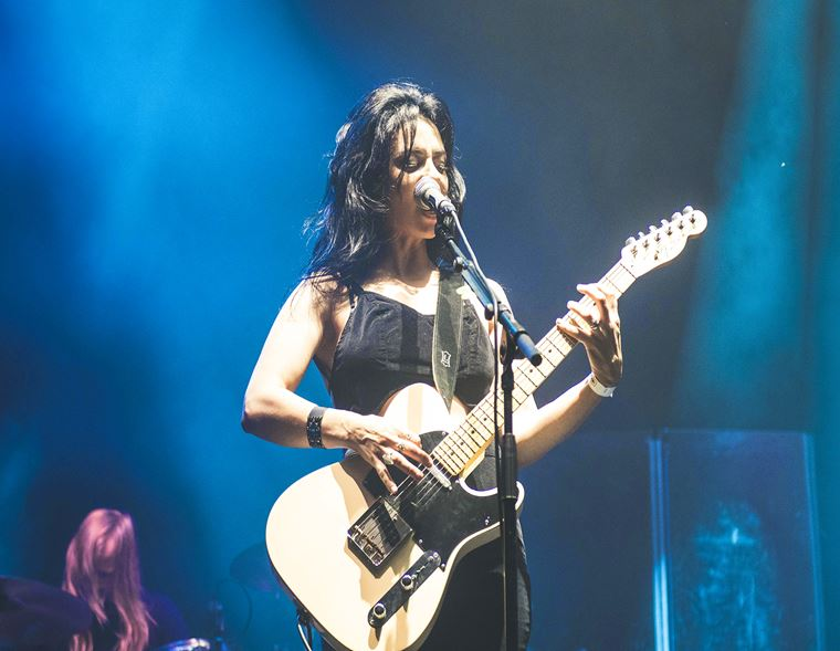 The guitarguitar Interview: Ninet Tayeb