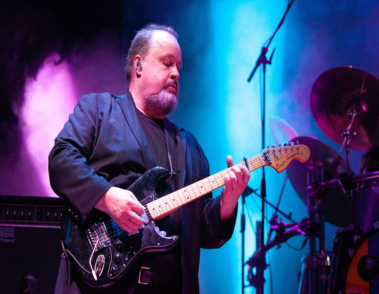 The guitarguitar Interview: Marillion's Steve Rothery