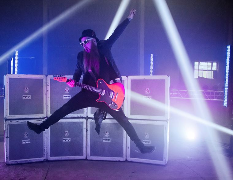 The guitarguitar Interview: Skindred's Mikey Demus