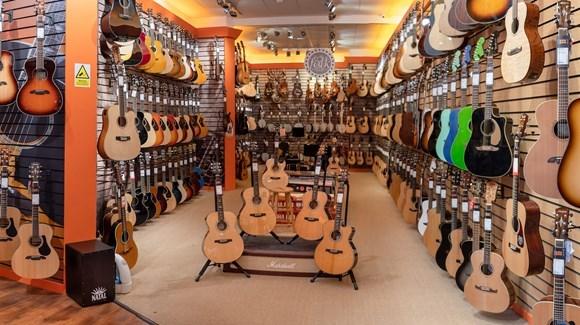 Guitarguitar Glasgow Guitar Shop