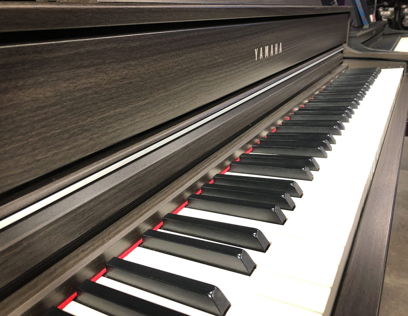 Offers: Piano Showroom Sale in Glasgow and Epsom