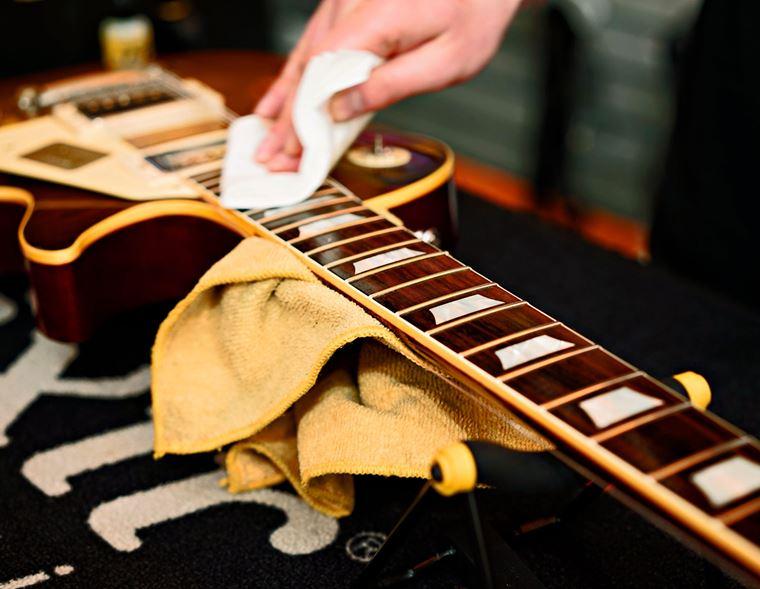 Events: Dunlop System Guitar Care