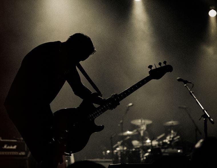 The guitarguitar Interview: Peter Hook