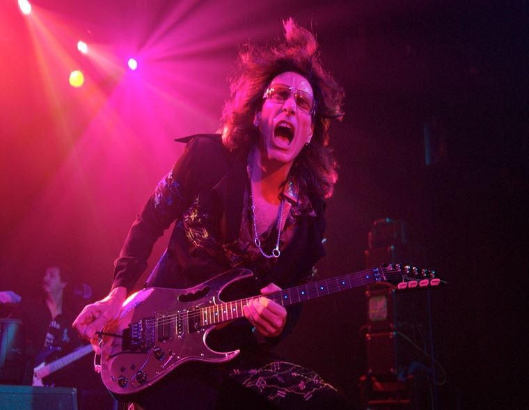 The guitarguitar Interview: Steve Vai (Part 1)