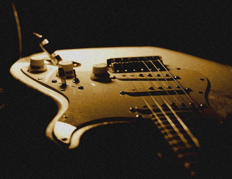 Unorthodox Guitar Techniques