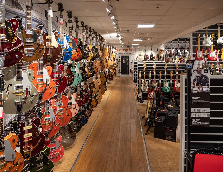 Competition: 10 Days of Prizes at guitarguitar Birmingham